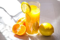 Fruit juices for fair skin (which fruit juice is best for skin whitening)